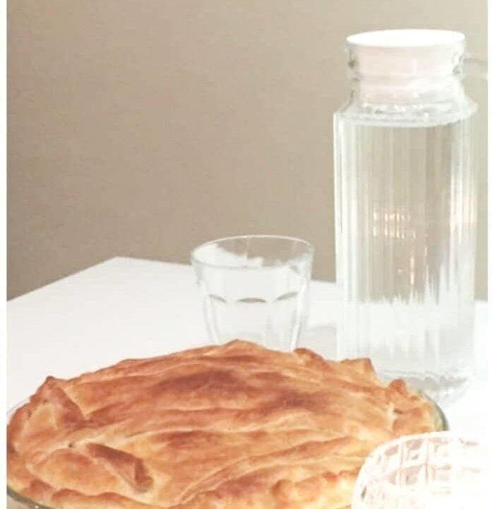 chicken pie in transparant dish