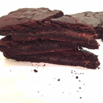3 large slices of chocolate cookie