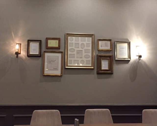 Empty picture frames Diyarbakir Kitchen